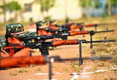 军事丨国产79/85式狙击步枪,燕尾槽是致命的缺点