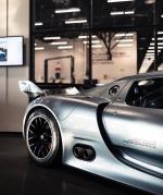 Porsche 918 RSR concept,保时捷918 RSR是一款概念版赛车,它结合了911 GT3混动车型的动力系统以及918 Spyder的外形设计,在KERS系统的作用下,最大功率输出达到767马力。