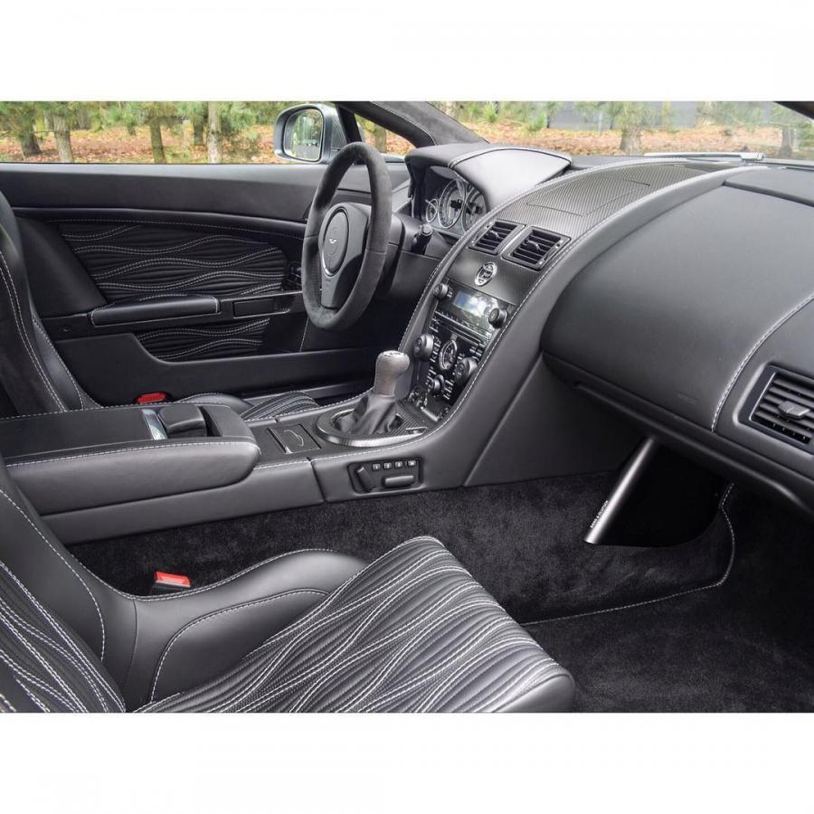 2012款阿斯顿·马丁V12 Zagato,配6.0升V12引擎