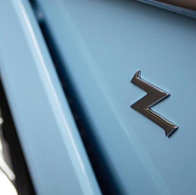 【兰花旳执着】限量99台的Baby蓝色阿斯顿·马丁Vanquish Zagat