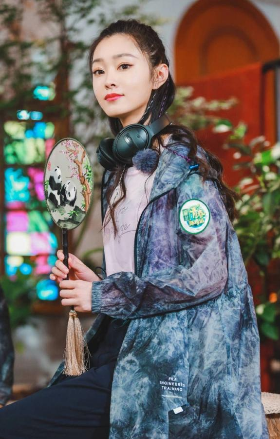 【橱窗的光】宋轶综艺活动图集,小清新清纯时尚又优雅