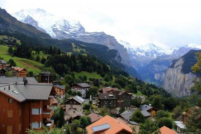 【萌男神会发光】绝美瑞士 沉醉在蒙特勒的湖光山色中-湖光山色,阿尔卑斯山度假胜地