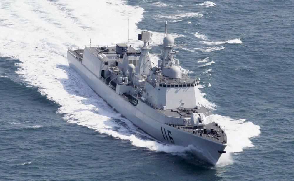 051C驱逐舰:7000吨的舰体却没有固定机库,中国最早防空舰之