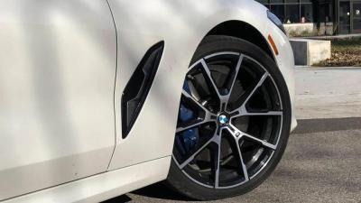 【蓝颜子瑜】目视前方就能开车,首台自动驾驶轿跑非奥迪,它已在华进口销售
