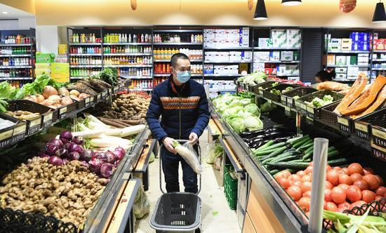 国家卫健委:顾客不戴口罩可拒绝其进大型商场超市