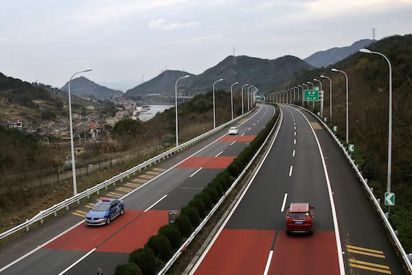 2月17日零时开始!舟山跨海大桥将实行全国收费公路免通政策