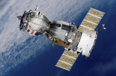 【万象皆为过客】中国首颗5G卫星成了:雷军投资 天地万兆