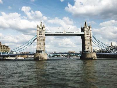【江南过客】伦敦塔是伦敦市中心的一座宫殿和城堡,英国皇室的象征