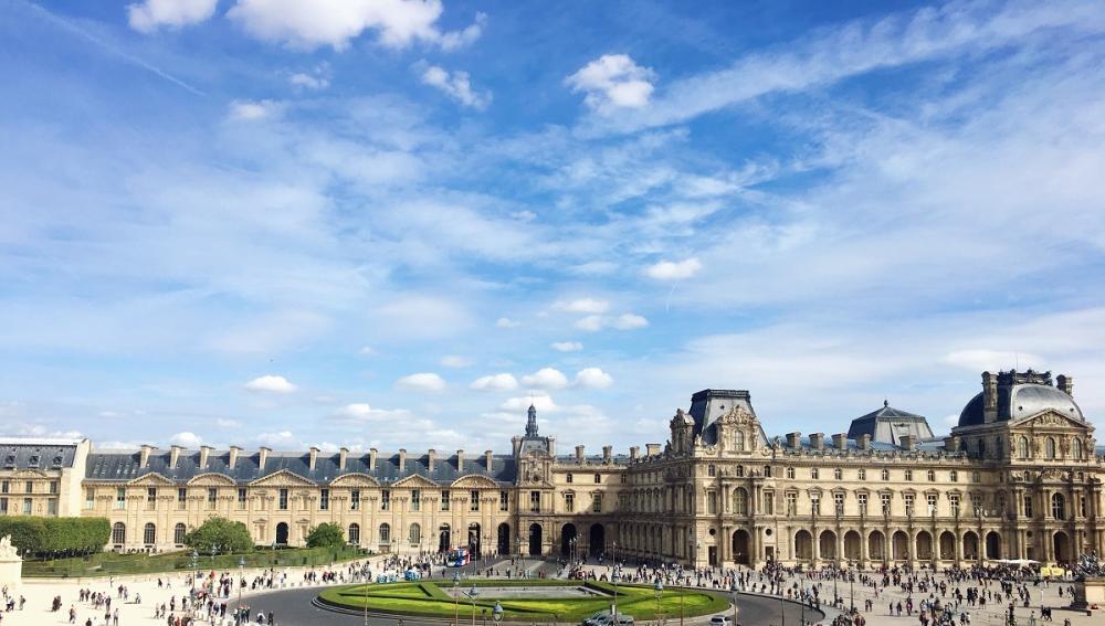 巴黎卢浮宫800年来第一次连续闭馆3天,现重新开放,重现艺术之美