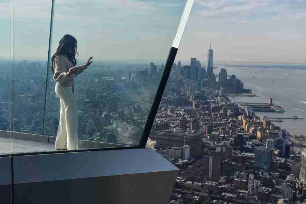 打卡纽约新地标!西半球最高户外观景台Edge开放
