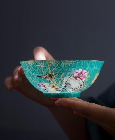 【清晨的小鹿】工艺美品欣赏:薄胎瓷;温润如脂,通透如冰 