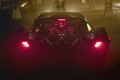 【跟彩虹说午安】新版《蝙蝠侠》导演发布首批蝙蝠车高清照