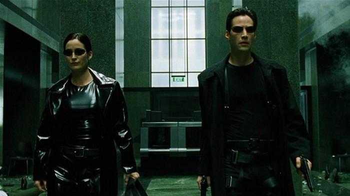 《黑客帝国4》因新冠疫情宣布暂停拍摄