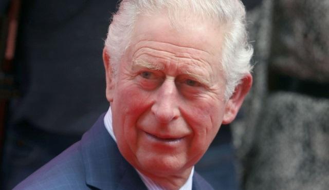 71岁的查尔斯王子确诊感染新冠,英媒都猜:是被摩纳哥亲王传染的?