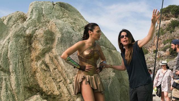 【很酷又爱笑】《神奇女侠》女导演曾因创作分歧退出《雷神2》