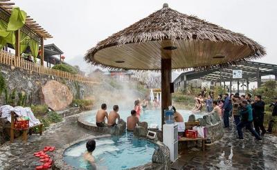 投资2.5亿元的豫北最大火山温泉,温泉面积达1万平方米