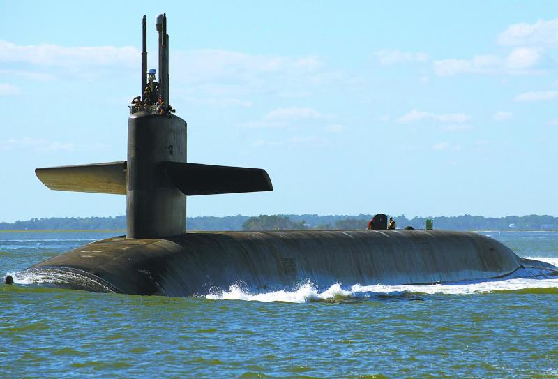 """【雨不眠的下】多艘核航母""""中招""""后 美神秘战略核潜艇也出现感染?"""