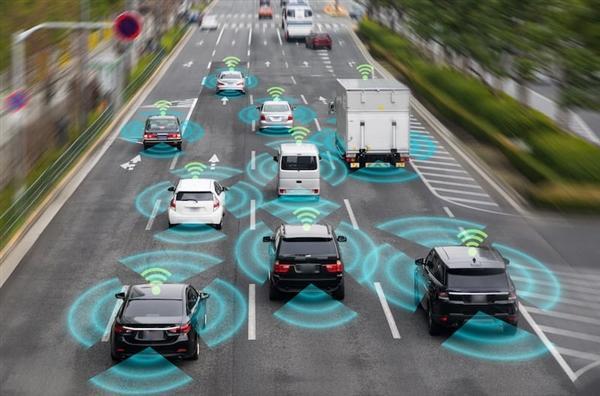 """【浅笑√倾城】每公里耗资超4亿!国内首条""""超级高速公路""""将开建 全线支持自动驾"""