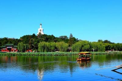 北京极具盛名的公园,距天安门只有1.5公里,此时正是赏花佳期