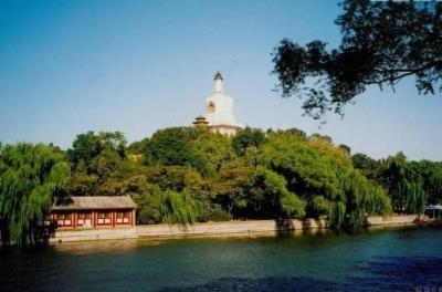 【最迷人的危险】北京极具盛名的公园,距天安门只有1.5公里,此时正是赏花佳期