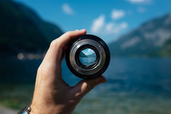 【醉枫染墨】三星宣布将推出6亿像素图像传感器:突破人眼极限