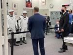 【思念幻化成海】SpaceX龙飞船首次载人试飞因天气推迟3天