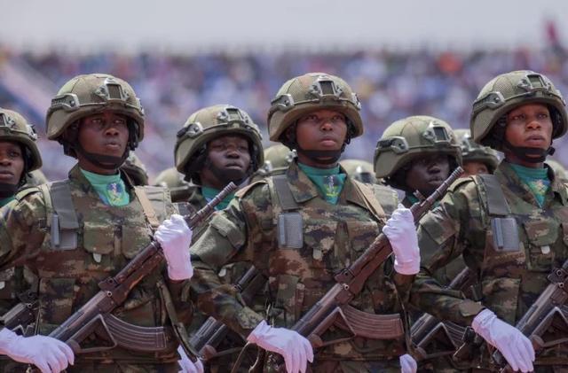 【半城柳色半声笛】中国的非洲好兄弟:由两个国家合并而成,国家军队也叫解放军?